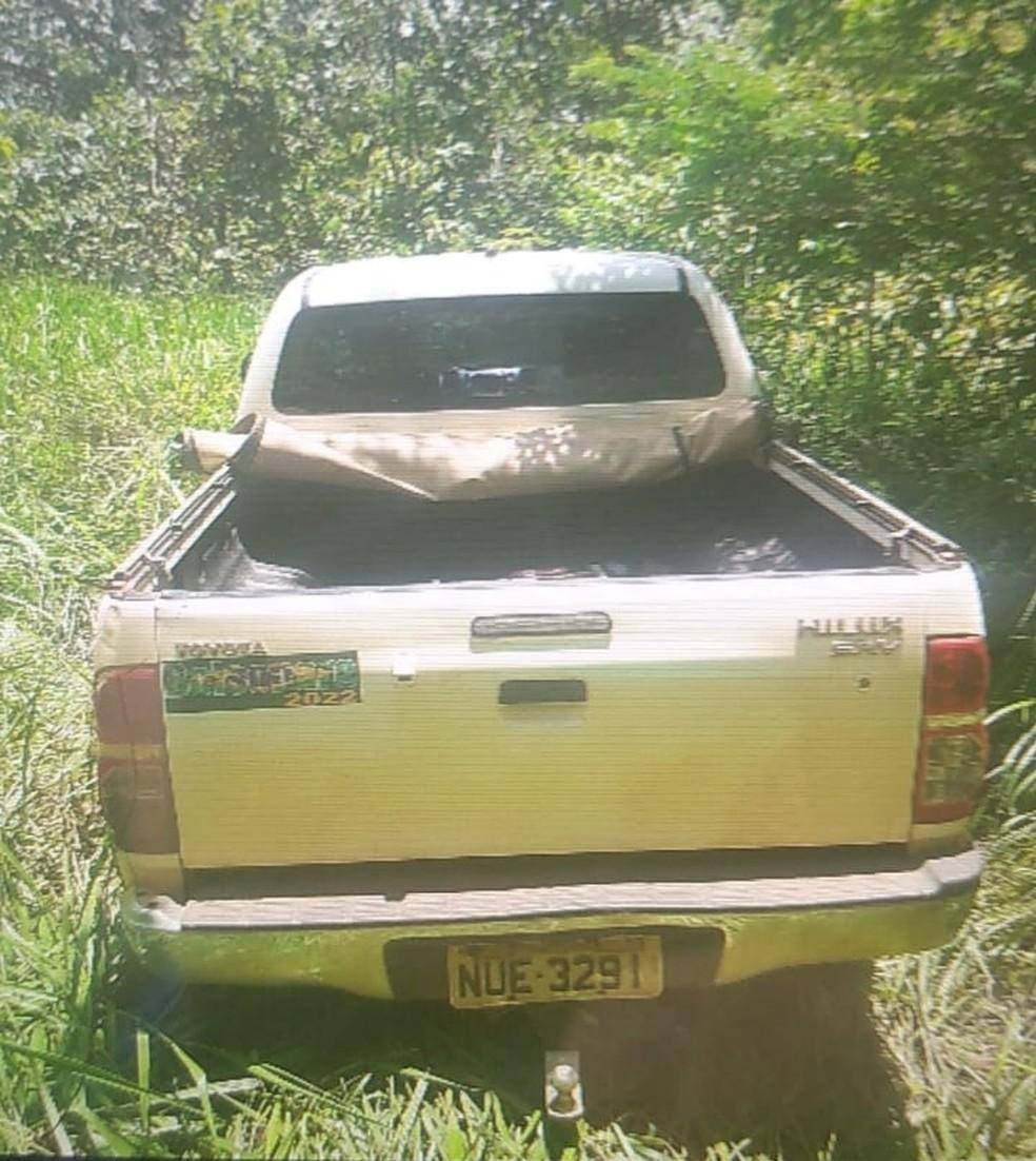 Veículo foi encontrado abandonado  — Foto: Divulgação