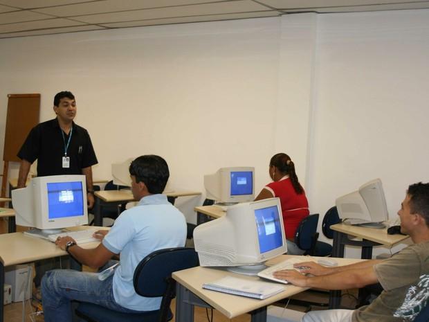 Cagece oferta 82 vagas para cursos profissionalizantes em Fortaleza