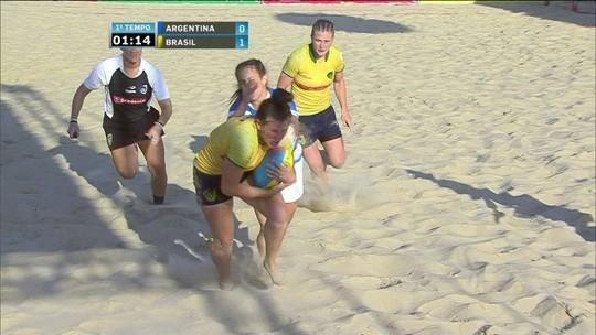 Melhores momentos: Argentina 7 x 7 Brasil em desafio de rúgbi de praia feminino