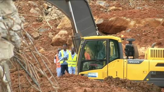 Equipes continuam buscas por 600 desaparecidos em Serra Leoa, após chuvas