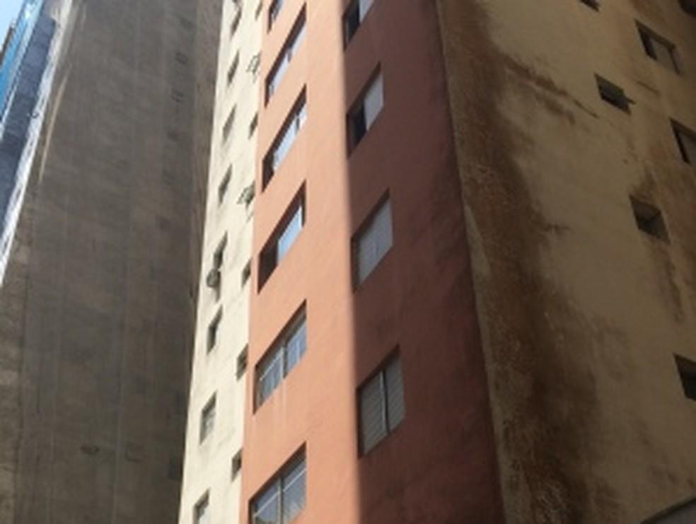 Filhas são suspeitas de assassinar policial em Guarujá, SP (Foto: Guilherme Lucio / G1)