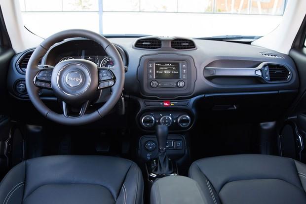 Jeep Renegade 2018 ganha novas versões e parte de R$ 74 ...