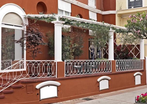 A boutique ephémère da Chanel em Capri reabre suas portas (Foto: Divulgação)
