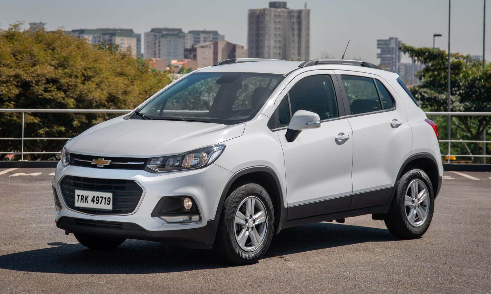 Chevrolet Tracker ganha controle de estabilidade de série e parte de R$ 92.190 na linha 2019 Chevrolet-tracker-lt-2019-a3