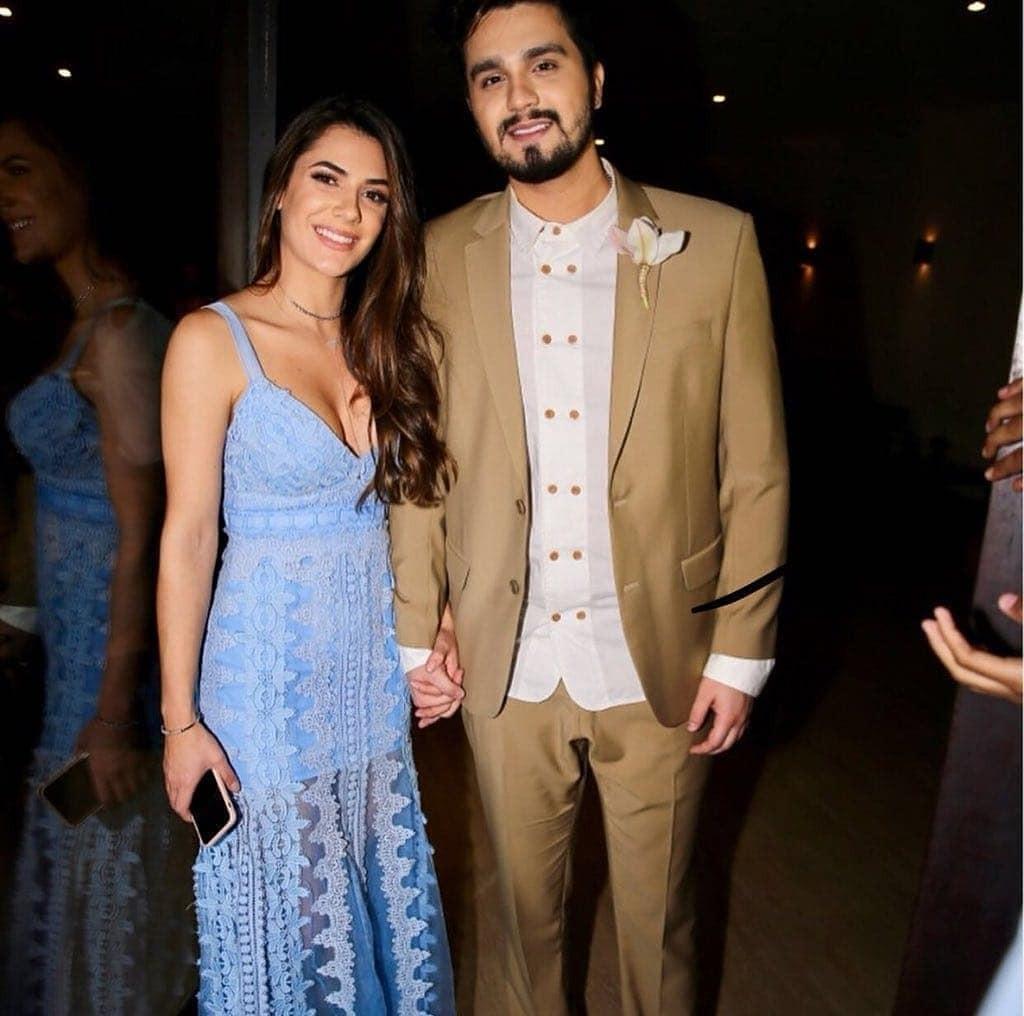 Camila Queiroz e Klebber Toledo se casam em Jericoacoara (Foto: reprodução/Instagram)
