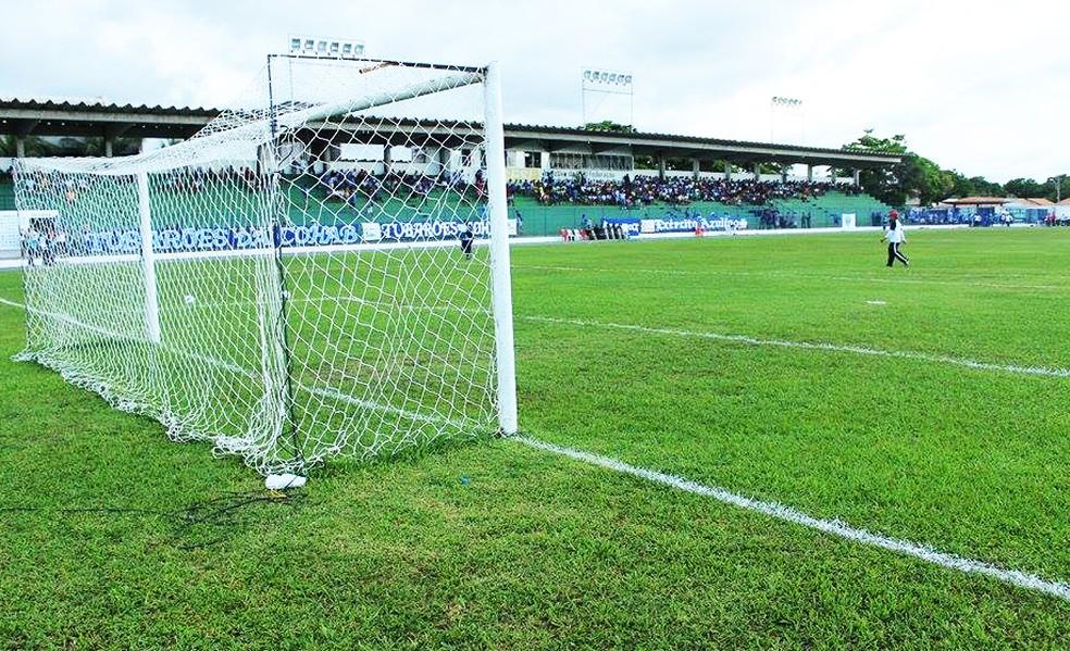 Clube pretendia jogar no estádio Verdinho (Foto: Marco Freitas)