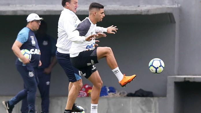 Cuca deve tirar Renato e Gabigol do time do Santos contra o Ceará ... 8e07ccec720d8