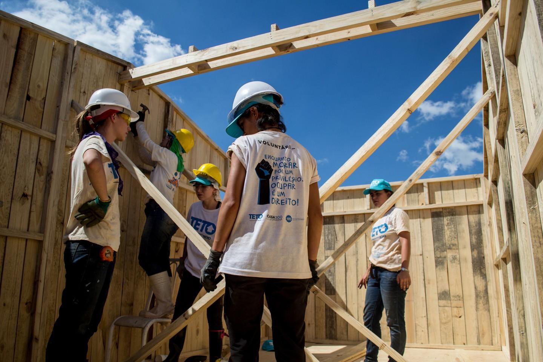 ONG constrói casas emergenciais para comunidades  (Foto: Divulgação)