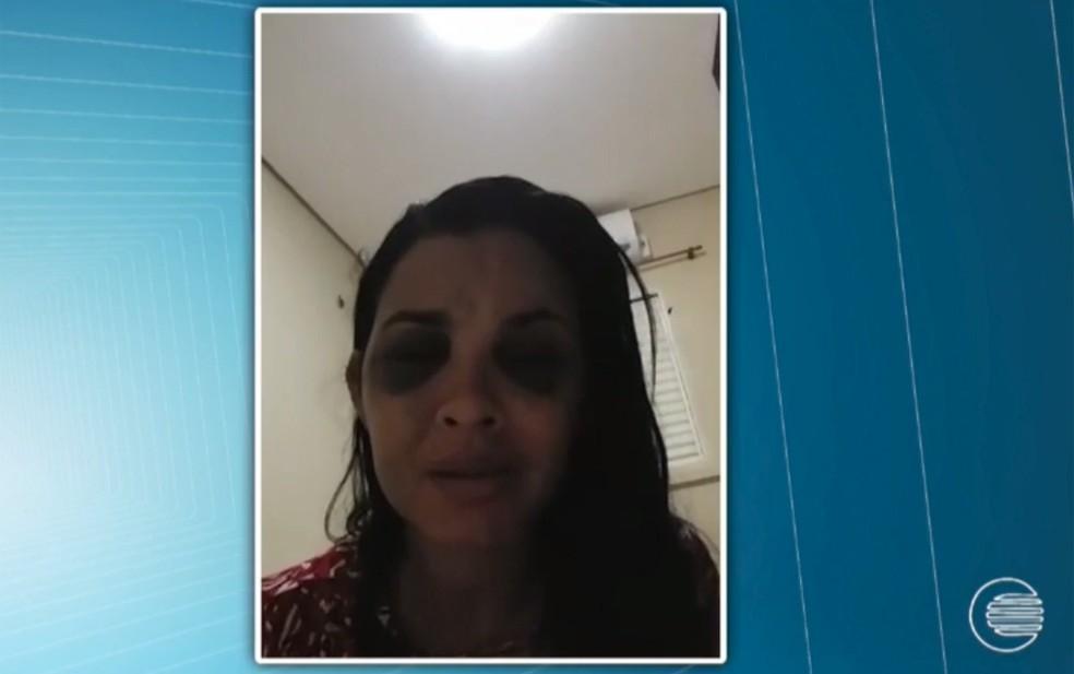 A vítima desabafou em vídeo.  (Foto: Arquivo Pessoal. )