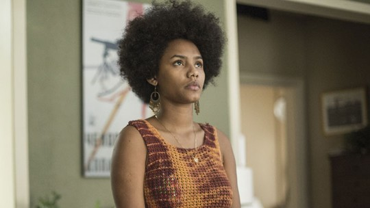 Jéssica Ellen comenta racismo sofrido por personagem em 'Justiça': 'Nem deixo acontecer'