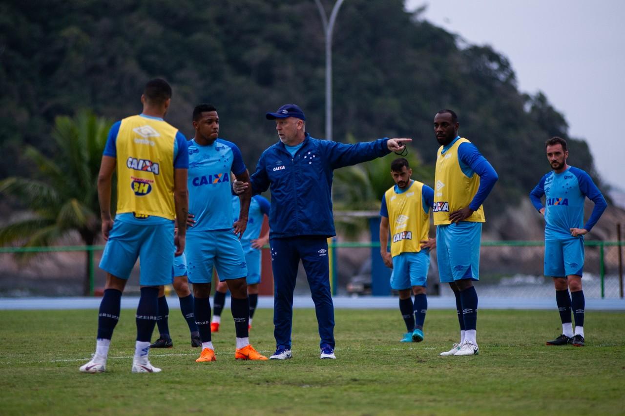 Cruzeiro vive sina de sair atrás do placar no pós-Copa do Campeonato  Brasileiro bcf0046c8d90a