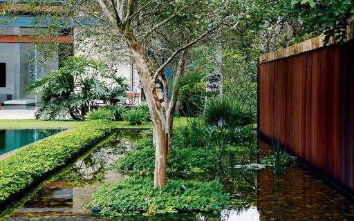 Ideias para criar fontes e espelhos d'água no jardim