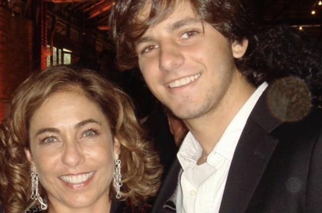 Cissa Guimarães e o filho, Rafael (Foto: Reprodução)