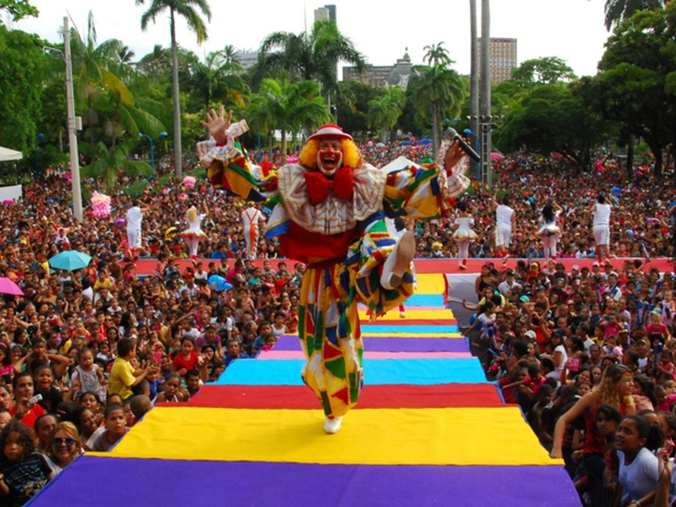 Tradicional festa com o Palhaço Chocolate é no Parque 13 de Maio, no Recife  — Foto: Fotofree/ Divugação
