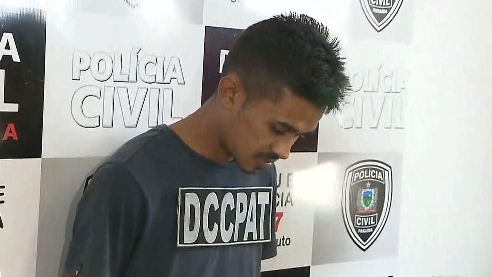 Suspeito foi preso no bairro Colinas do Sul (Foto: Reprodução/TV Cabo Branco)