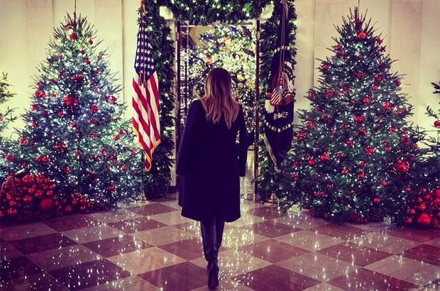 Melania Trump exibe decoração de Casa Branca (Foto: Reprodução)