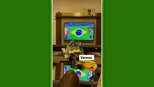 """Talles Magno recebe homenagem dos colegas do Brasil sub-17 e agradece: """"Torcida não vai faltar"""""""