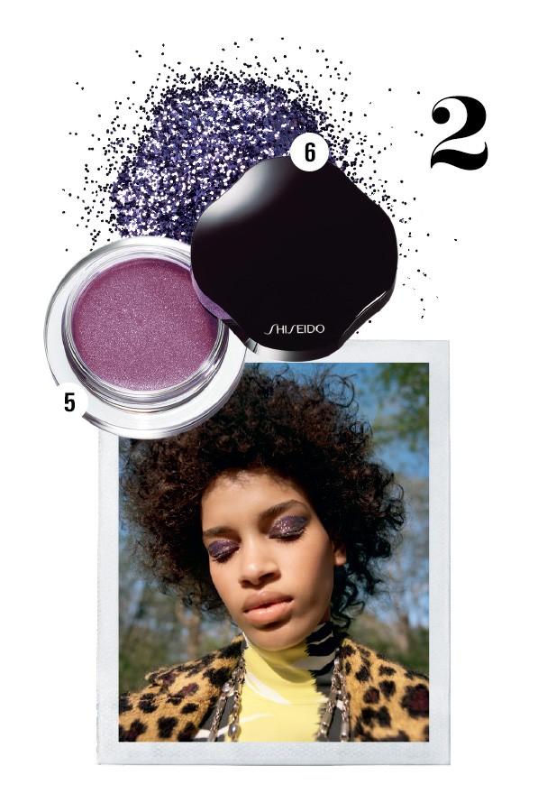 5. Sombra acetinada em creme cor Cardinal, R$ 173, Shiseido; e 6. Glitter roxo, R$ 14, Dailus (Foto: CONDÉ NAST ARCHIVE)