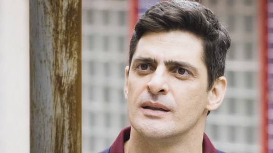 Jaqueline e Madureira confrontam Marco Rodrigo: 'Você está envolvido com a milícia?'