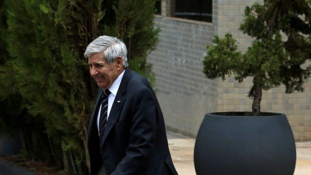 General Heleno chegou a ser cotado a vice; deve assumir o Ministério da Defesa (Foto: Reuters via BBC News)