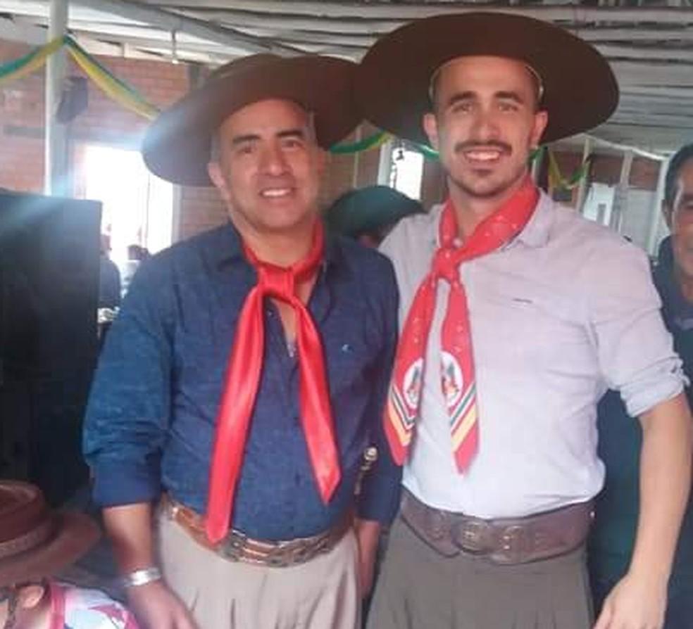 Odilon (esquerda) e o filho Rodrigo (direita). — Foto: Arquivo pessoal