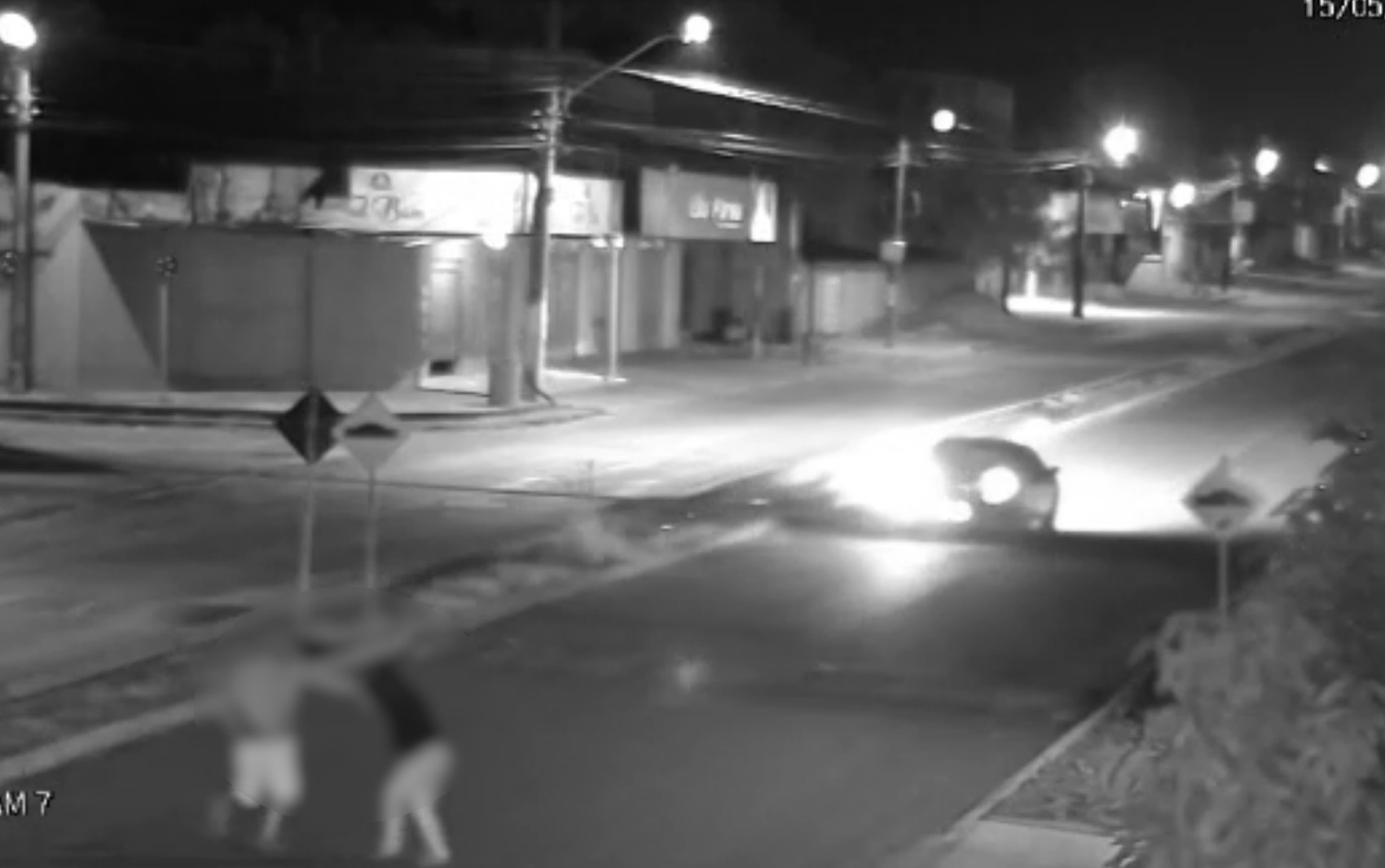 Moradores ouvem gritos de socorro e evitam que jovem fosse estuprada quando ia para o trabalho em Trindade; vídeo