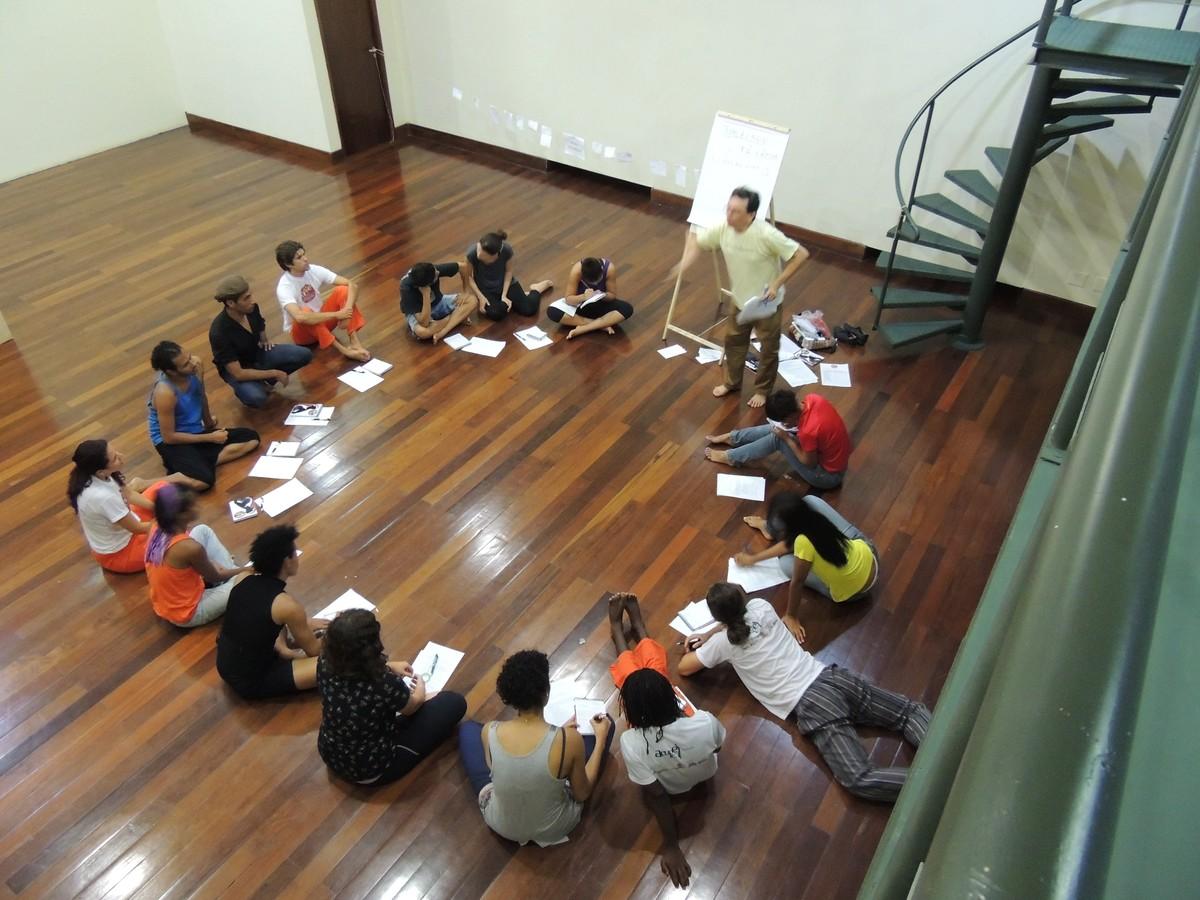 Curso de pesquisa em Dança é realizado em Caruaru