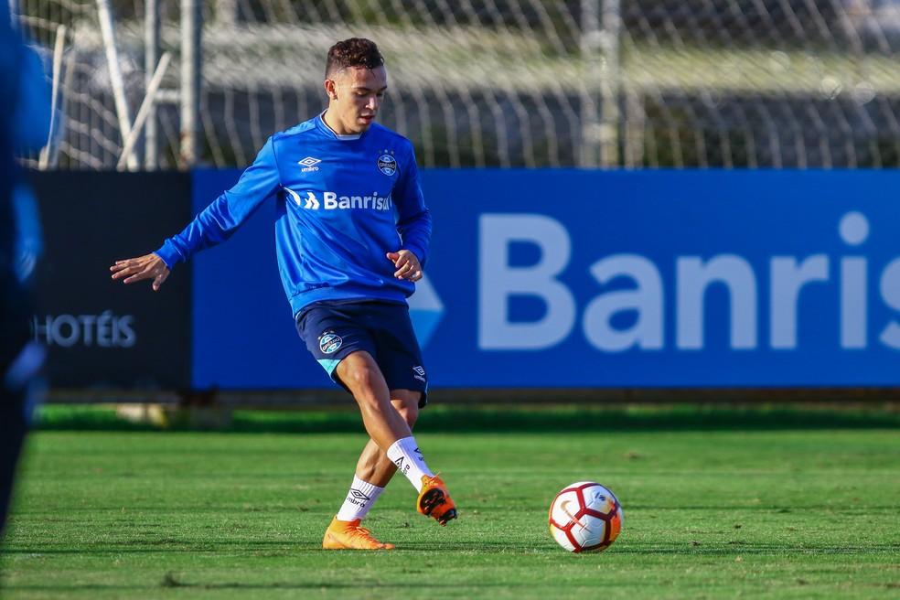 Pepê tem sido constantemente usado por Renato no Brasileirão (Foto: Lucas Uebel/Grêmio)