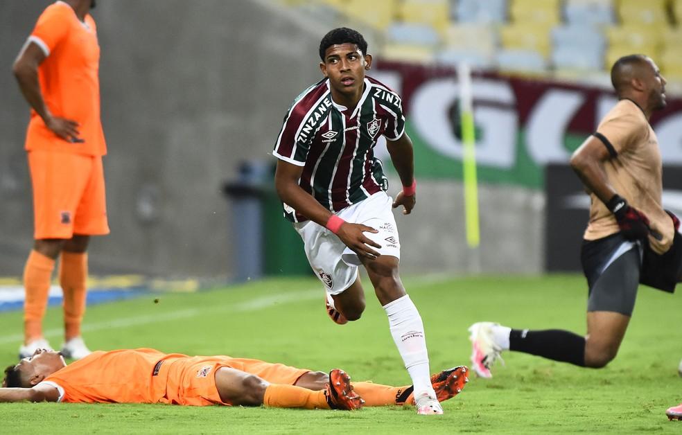 John Kennedy tem a melhor média de gols do elenco profissional — Foto: André Durão