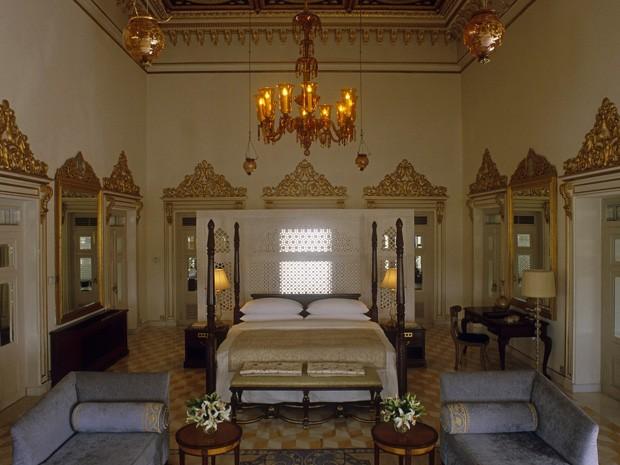 Suíte Shambhu Prakash, do hotel Taj Lake Palace, na índia (Foto: Reprodução)