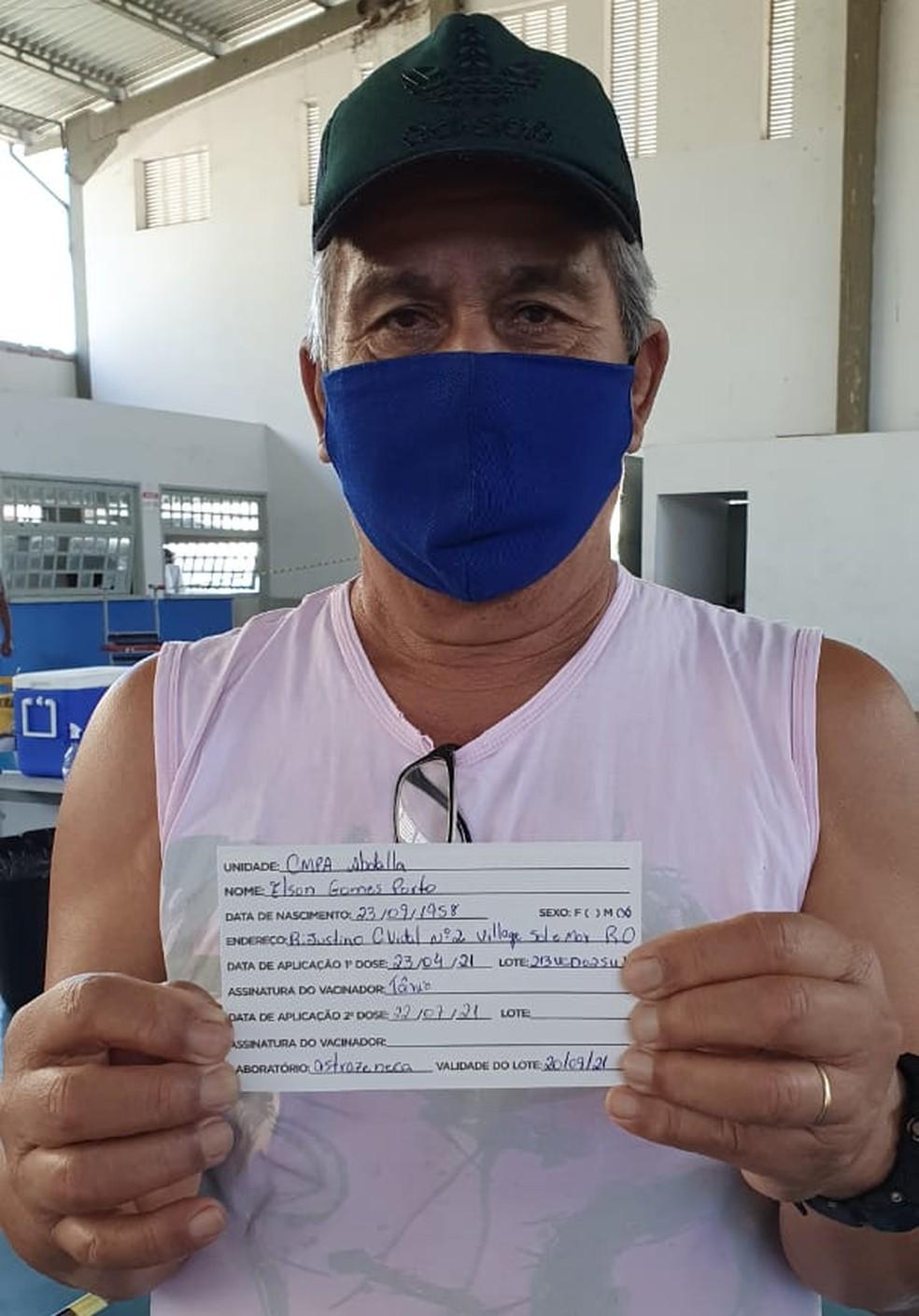 Elson Porto, de 62 anos, recebeu a dose da vacina na última sexta-feira (23) em Rio das Ostras, no RJ — Foto: Arquivo pessoal