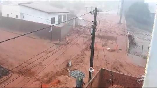 Chuva intensa causa transtornos em cidades no sudoeste da Bahia