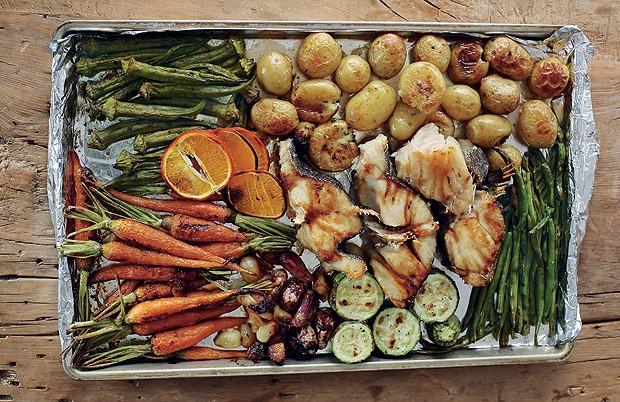 Bacalhau com legumes (Foto: Rogério Voltan/Casa e Comida)