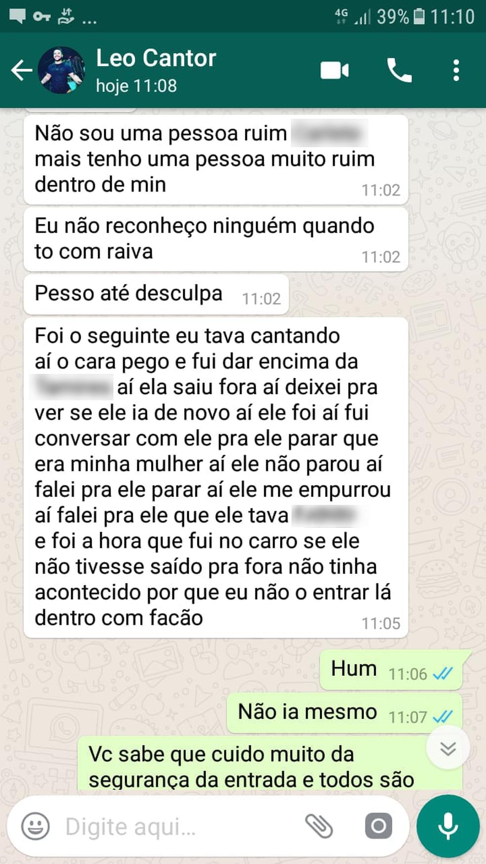 Em conversa pelo aplicativo WhatsApp, Léo diz que foi ao carro e pegou o facão — Foto: Reprodução