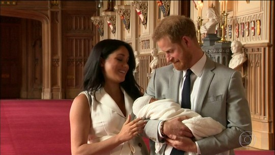 Família real anuncia data do batizado do filho do príncipe Harry e da duquesa Megan Markle