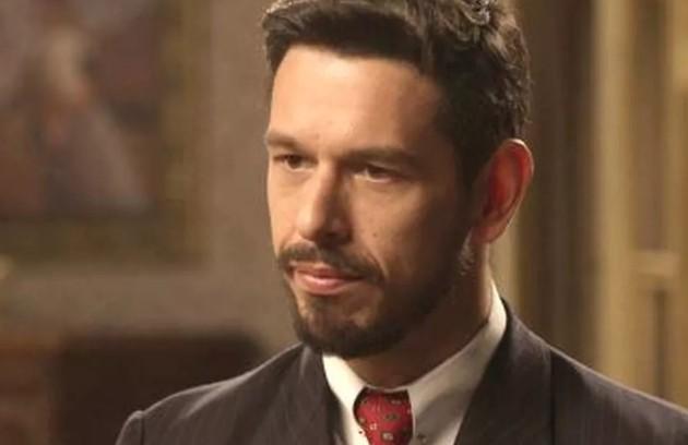 Fãs da novela acreditam que Gustavo Bruno (João Vicente de Castro) foi quem criou o suposto filho de Julia (Vitória Strada) após sua morte (Foto: TV Globo )