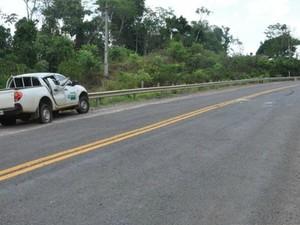 Acidente aconteceu na BR-435, próximo à Colorado do Oeste  (Foto: Carlos Franco/ Extra de Rondônia)