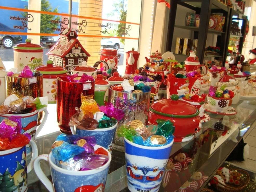 Loja de chocolate durante o Natal — Foto: Lynne Aranha / G1