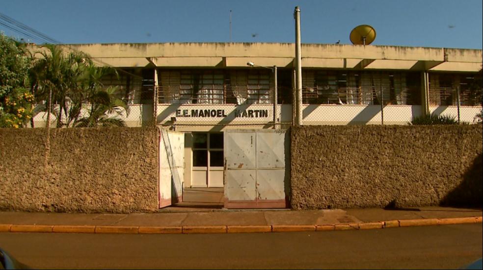 Escola estadual Manoel Martins, em Morro Agudo, São Paulo — Foto: Reprodução/EPTV
