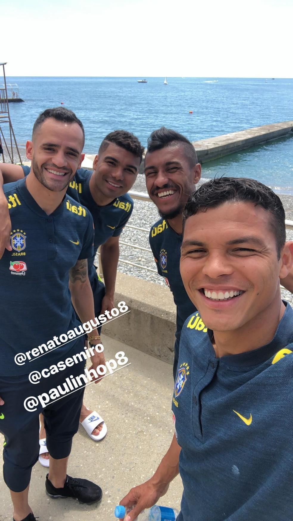 Thiago Silva registra dia de folga com companheiros de Seleção (Foto: Reprodução/Instagram)