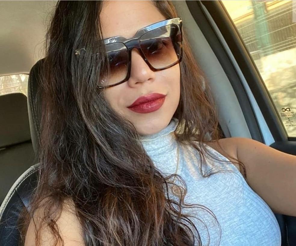 Sáttia Lorena Patrocínio Aleixo está internada após cair de prédio em Armação, bairro de Salvador. — Foto: Redes Sociais / Reprodução