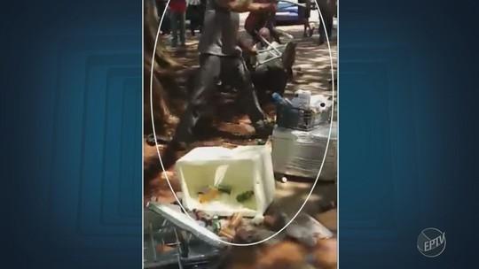Vídeo mostra fiscal da Setec dando cadeiradas em pessoas durante confusão com camelôs na Unicamp