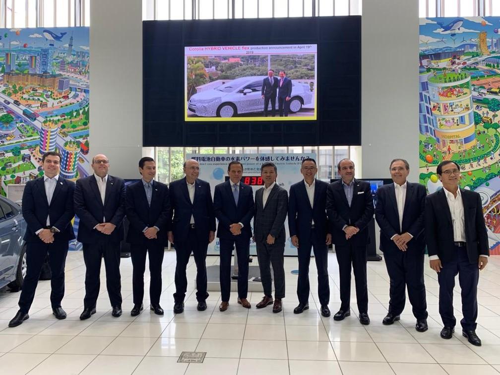 Anúncio foi feito pela Toyota no Japão, com a presença do governador de São Paulo, João Dória, e do secretário de fazenda e planejamento, Henrique Meirelles — Foto: Divulgação