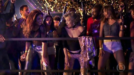 Após cena de funk em 'A Força do Querer', Betty Faria diz que já foi a show de Naldo: 'Tem uma voz linda'