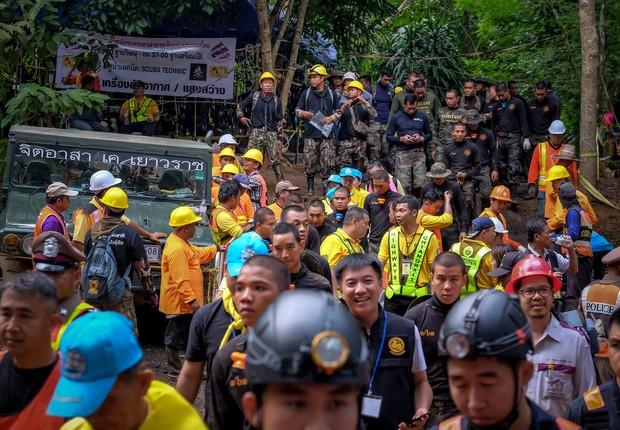 Equipe de resgate das crianças presas na caverna da Tailândia (Foto: Linh Pham / Getty Images)