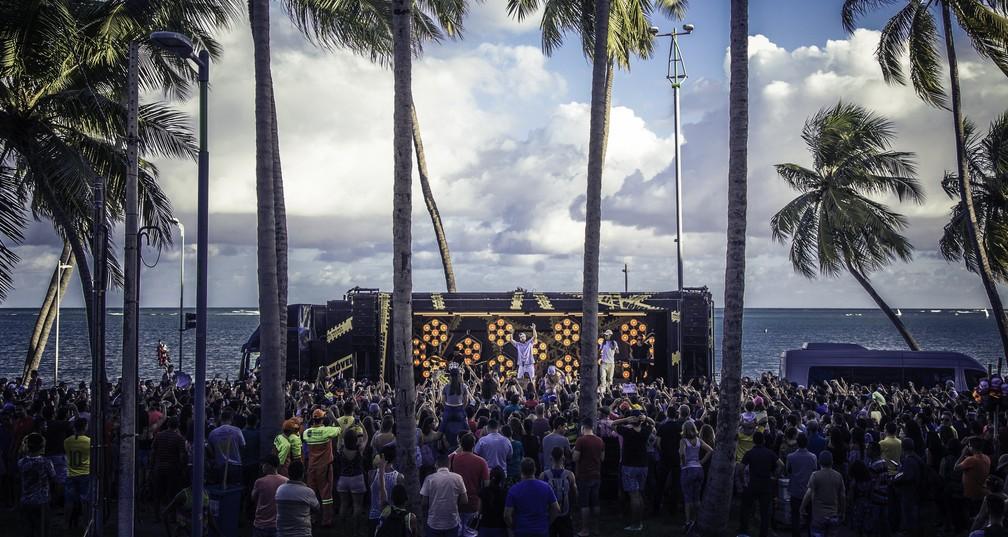 Luan Santana grava em Maceió  — Foto: Divulgação
