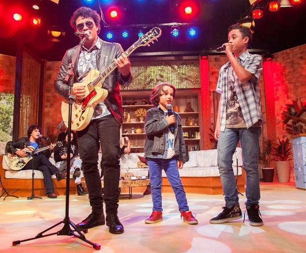 Léo Maia e os filhos Jorge e Bento (Foto: Andrea Dallevo)