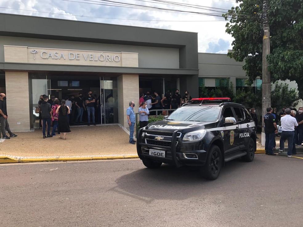 Corpo do policial civil Renato Bianchi foi velado em Presidente Prudente na tarde deste sábado (5) — Foto: Marcelo Pereira/TV Fronteira