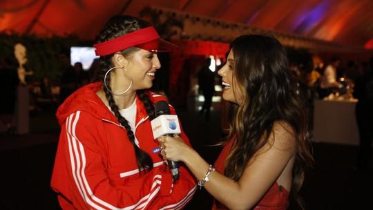 Giovanna Lancellotti volta ao Rock in Rio para mais um dia de repórter