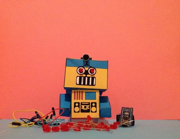 """Oficina """"Robôs Luminosos"""", no Sesc Pompeia (Foto: Divulgação)"""